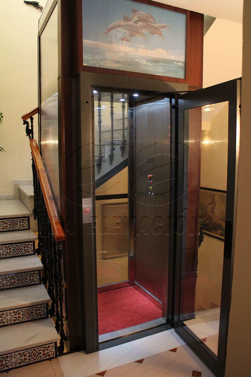 Instalaci n de un ascensor unifamiliar en m laga ea - Ascensores para viviendas unifamiliares ...