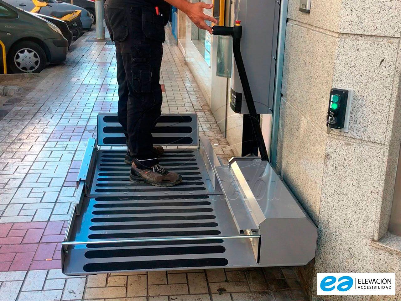 Plataforma Salvaescaleras Swing On en Málaga